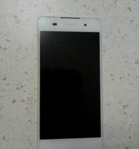 Sony Xperia e5 + новое стекло и чехол