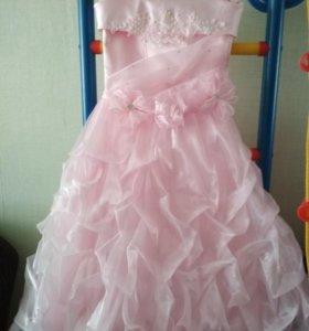 Платье на 8-9лет.