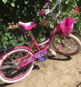 Велосипед для девочки 7-10 лет.новый.