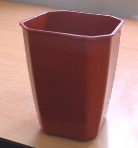 Горшок пластиковый для рассады/цветов.