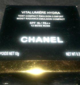 Chanel тональный крем / пудра SPF 15