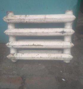 Чугунные радиаторы отопления 25 секций