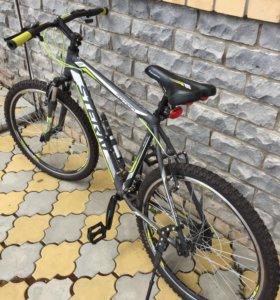 Велосипед Stern Motion 1,0.Для взрослых.