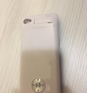 Чехол-зарядник на айфон 4/4s