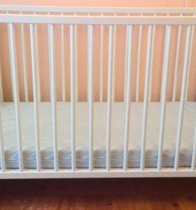 Детская кровать Икея с бесплатным матрасом