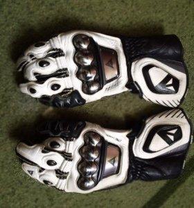Перчатки Dainese titanium
