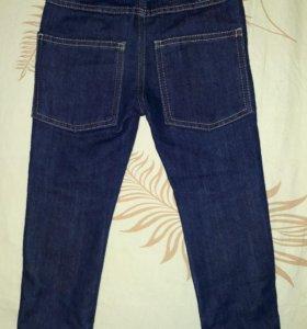 Новые джинсы на мальчика 2-2,5года