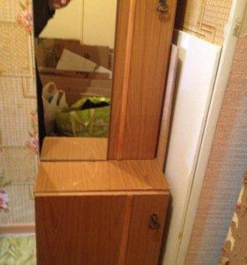 Шкафчик с зеркалом
