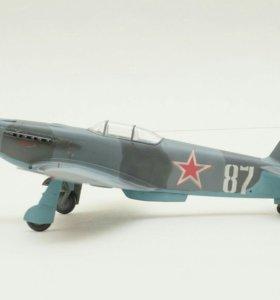 Модель самолета Як-3 1/48