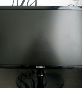Монитор Samsung S22B150N