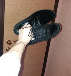 Новые, красивый ботиночки деми.