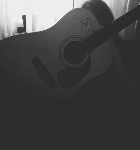 Репетитор по игре на гитаре