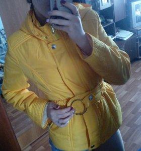Весенее-осенняя куртка