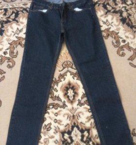 Черные джинсы новые