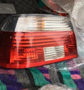 BMW 5 e39 задний левый рестайловый фонарь!!!!