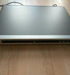 DVD-плеер Yamaha DVD-S550