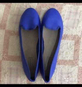 Продаются синие балетки 37 размера