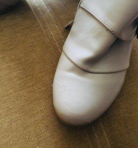 Обувь для девочки новая