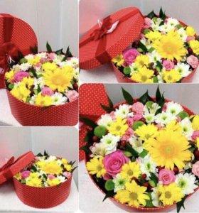 Цветы в коробках/фруктовые букеты