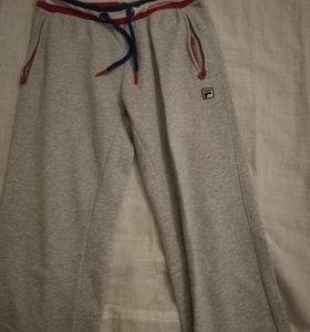 Спортивные штаны FILA на мальчика 146