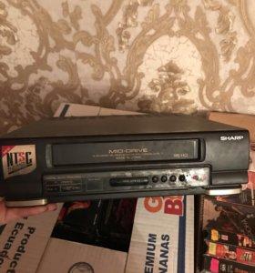 Видео и кассеты
