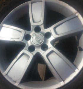 Литые диски r 18 . На автомобиль KIA