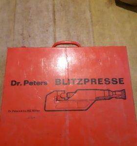 Dr. Peters Blitzpresse Kabelschuhpresse