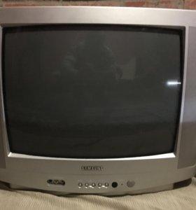 3 телевизора на выбор