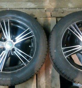 Pirelli Cinturato185/60 R14 82H, с дисками 4*98