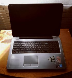 Стильный Игровой Ноутбук с Охлаждающей Подставкой
