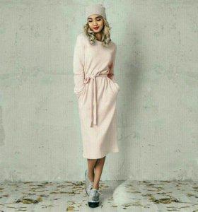 Платье флисовое новое 44 р