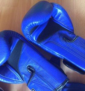 Перчатки twins для бокса