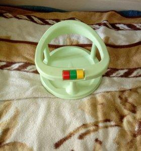 Детский стульчик в ванную и горка