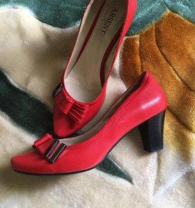 Туфли нат.кожа 38 размер