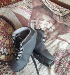 Лыжи.ботинки.можно по отдельности