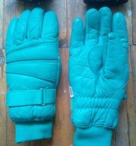 Перчатки кожаные мужские горнолыжные
