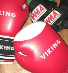 Перчатки для бокса+ бинты