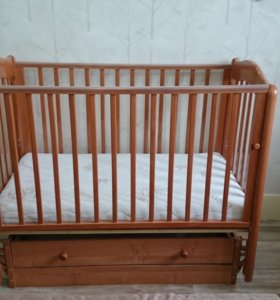 Кроватка маятник Гандылян