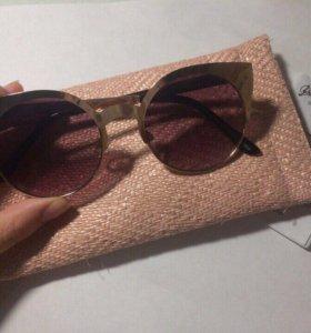 Солнцезащитные очки Stradivarius