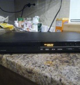 DVD плеер Mystery MDV-835U