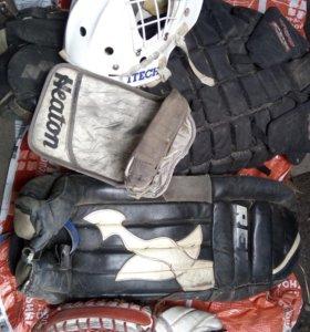 Хоккейная вратарская защита