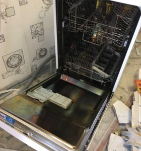 Посудомоечная машина Electrolux ESF 43020