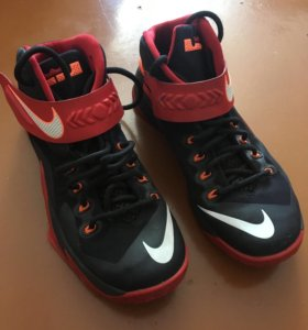 Кроссовки Nike Zoom Soldier 7