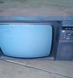 Советский телевизор Изумруд