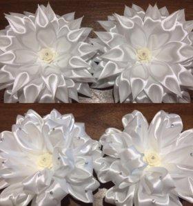 Белые бантики ручной работы