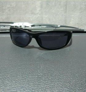 Продам мужские солнцезащитные очки