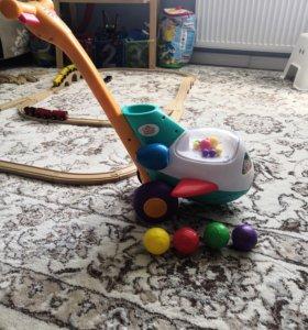 Каталка-игрушка Bright Starts Самолетик