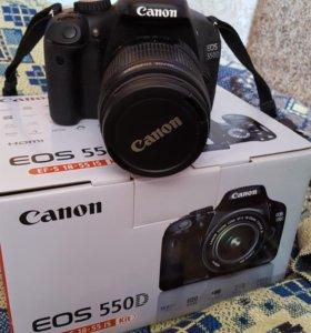 Фотоаппарат Canon EOS550D