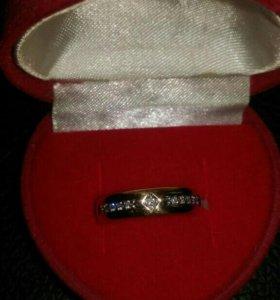 Золотое кольцо, 11 бриллиантов.