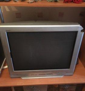 Телевизор Panasonic 72 см